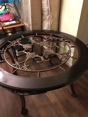 Dining room table for Sale in Smyrna, GA