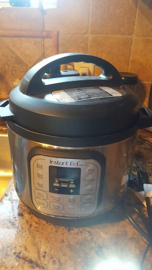 New Instant Pot Duo Mini 3 qt pressure cooker for Sale in Downey, CA