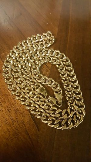 3.5 oz 18k gold plated Men heavy thick chain for Sale in Severn, MD