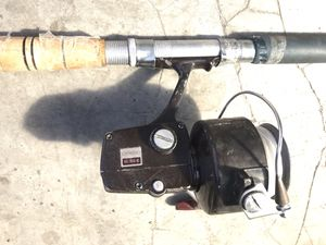 IAWA 7850 RL LARGE SALTWATER SPINNING REEL with pole for Sale in San Leandro, CA