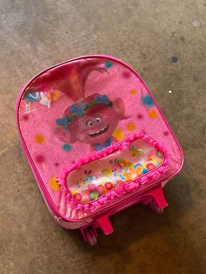 Trolls Suitcase for Sale in Rancho Cucamonga, CA