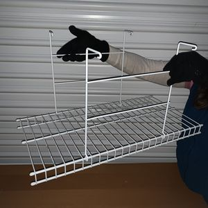 Hanging Wire Closet shelf for Sale in Marysville, WA