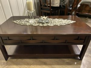 Beautiful coffee table for Sale in Nashville, TN