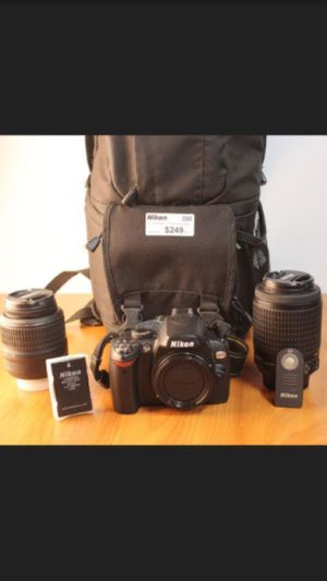 NIKON w/ charger + strap & 2 lense for Sale in Los Angeles, CA