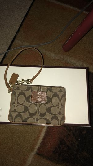 Coach wristlet in great condition! for Sale in Gambrills, MD