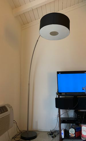 Floor Lamp with LED bulb. for Sale in Buena Park, CA