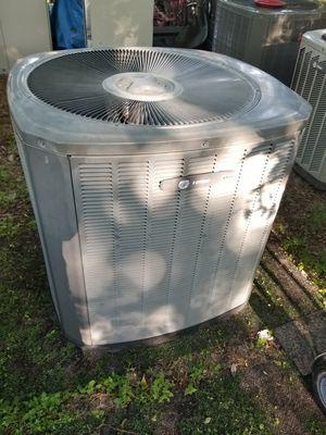 Unidad de 3.5 ton freon 410 Heat pump for Sale in Dallas, TX