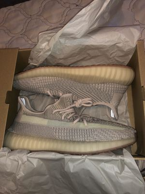 Adidas Yeezy boost 350 citrin size 11 for Sale in New York, NY