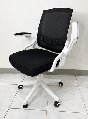 (NEW) $70 Modern Computer Mesh Office Chair Recline Adjustable Height Folding Arm for Sale in Whittier, CA
