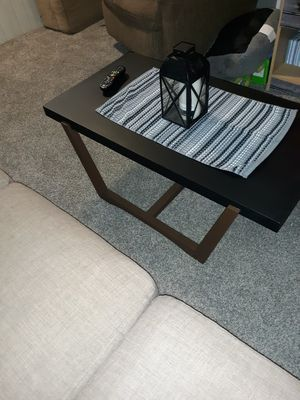 Nice little coffee table, for Sale in Dunbar, PA