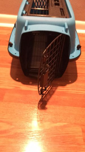 Small pets Carrier Grate (11x11x18) for Sale in Orlando, FL