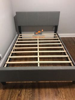 Brand New Full Size Grey Linen Upholstered Platform Bed Frame for Sale in Silver Spring,  MD
