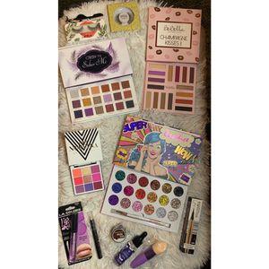 Makeup Bundle for Sale in Perris, CA