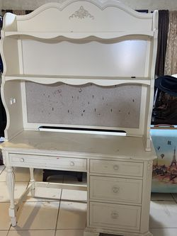 Desk for Sale in Grand Prairie,  TX
