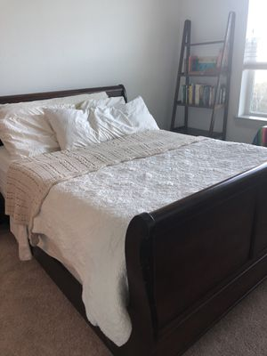 Queen Cherrywood Bed Frame for Sale in Austin, TX