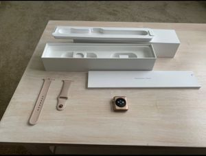 Apple Watch series 3 42mm pink GPS for Sale in Melbourne, FL