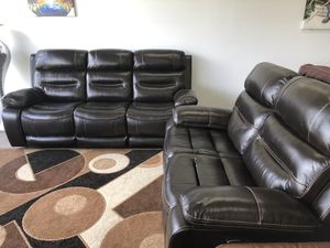 Genuine leather power reclining sofa and loveseat for Sale in Elgin, IL
