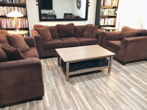 (Pending Transaction) Couch Set for Sale in Monroe, WA