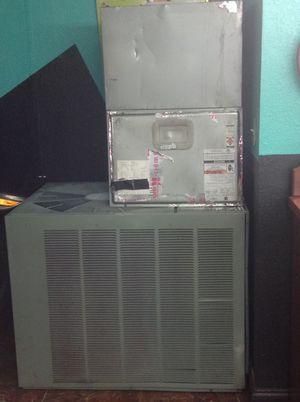 CENTRAL AIR CONDITIONER for Sale in Miami, FL