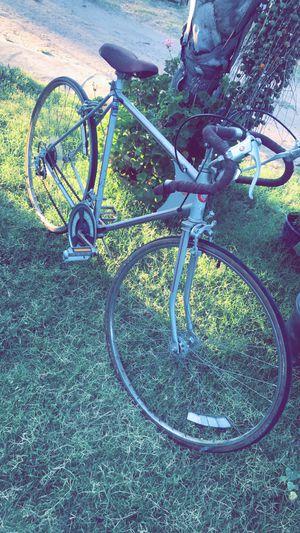 Vintage road bike for Sale in Modesto, CA