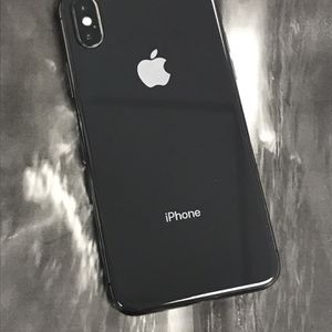 IPhone X 64gb Unlocked Each Phone for Sale in Malden, MA