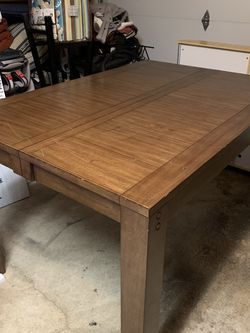 Solid Wood Counter Height Table for Sale in Bellevue,  WA