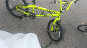 Yellow bmx bike for Sale in Nashville, TN