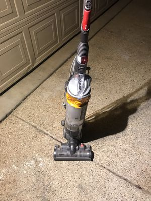 Dyson vacum cleaner for Sale in Fort Worth, TX