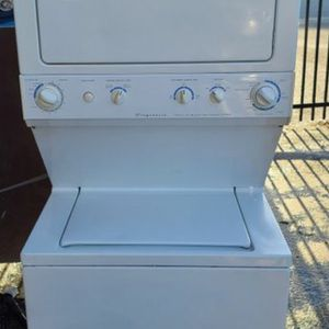 27 Inches Combo Washer & Dryer for Sale in Miami, FL