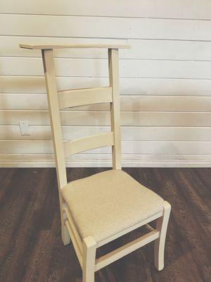 Farmhouse Prayer Chair kneeler for Sale in Kingsburg, CA