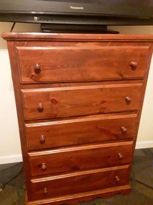 FREE! Dresser for Sale in Cudahy, CA