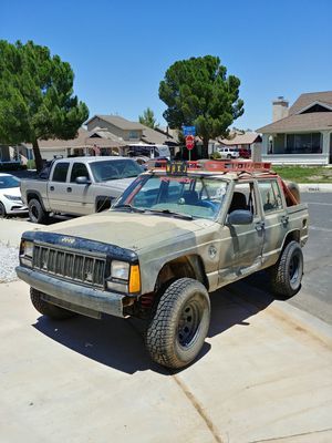 98 jeep cherokee xj for Sale in Victorville, CA