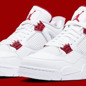 White/Red Metallic 4's for Sale in Seattle, WA