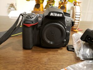 Excellent Nikon D7000 16.2 Mp Digital SLR Camera Body DX, only 2,050 out of 150,000 shutter count life for Sale in Irvine, CA