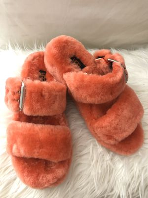 Ugg slippers for Sale in Compton, CA
