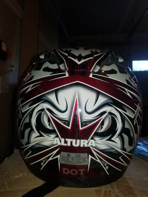 Motorcycle helmet Medium sized by Altura great condition for Sale in Issaquah, WA