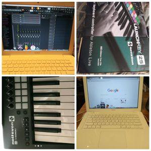 Starter Studio Ready MacBook 13' for Sale in Stone Mountain, GA