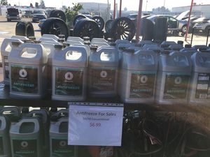 IPULLUPULL auto parts anti-freeze for sale great price for Sale in Fresno, CA