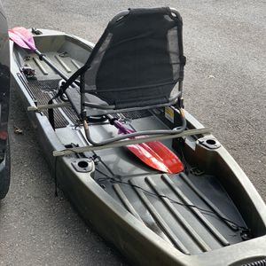 Ascend 10 T Kayak, Modified Lift With Penn Wrath Reel for Sale in Groton, CT