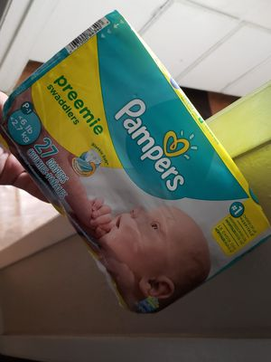 PAMPERS PREEMIE DIAPERS 27count for Sale in Dallas, TX