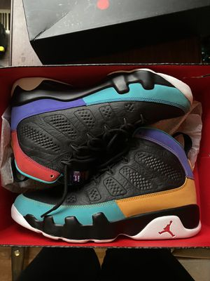 What the 4s Jordan retro 9s size 9.5 asking for 280 for Sale in Bloomingburg, OH