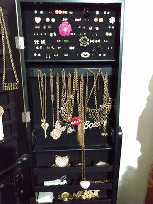 Jewelry box and jewelry for Sale in Fort Lauderdale, FL