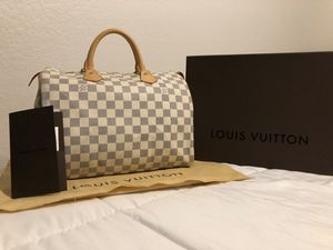 Authentic Louis Vuitton Speedy 30 in Damier Azur for Sale in Ontario, CA