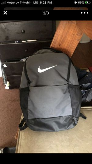 Nike backpack for Sale in Highland, CA