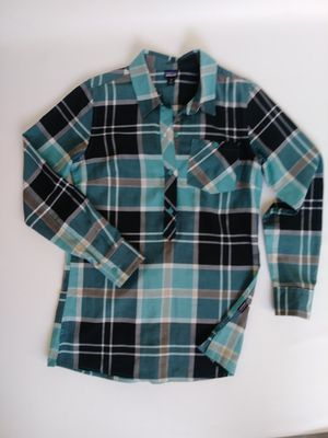 Patagonia long sleeve button down shirt for Sale in Houston, TX