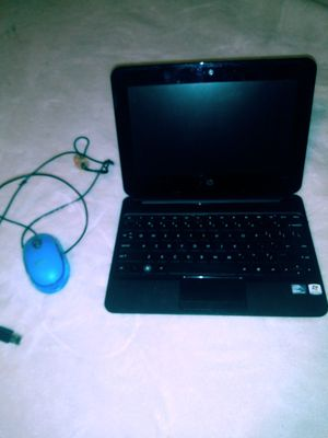Hp laptop works good just needs the charger for Sale in Mount Airy, NC