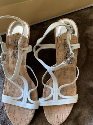 MICHAEL KORS SIZE 7 $35 Dlls ORIGINAL for Sale in Fontana, CA
