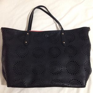 Black & Coral Two Purses In One for Sale in Orange, CA