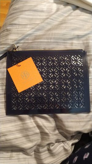 Tory Burch wristlet..... for Sale in Downers Grove, IL