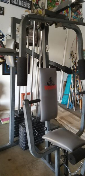 Home gym PLEASE DON'T WASTE MY TIME SERIOUS BUYERS ONLY SELL AS IS FIRM SORRY PICK UP ONLY for Sale in Perris, CA